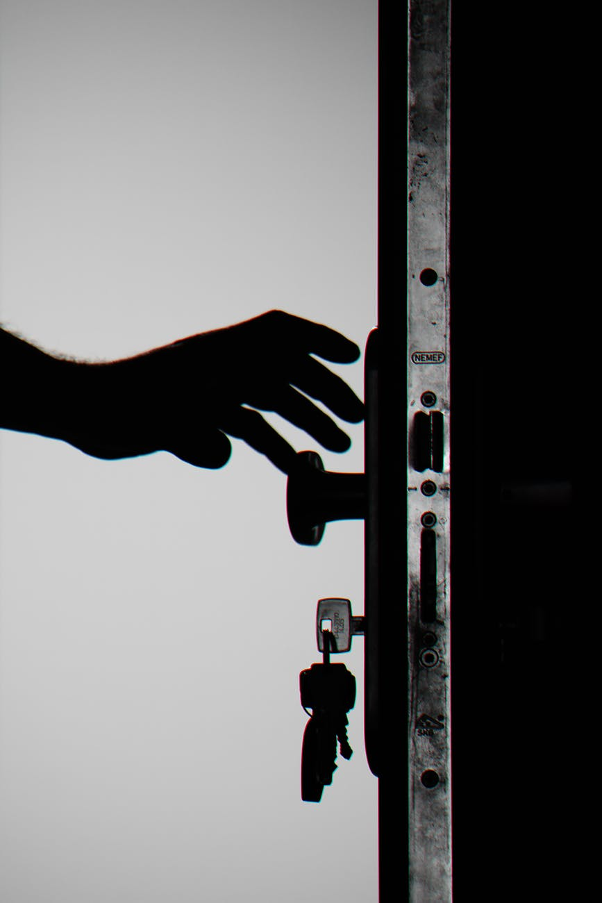 Read Secret from Azure Key Vault using SecretClient class – Console AppC#